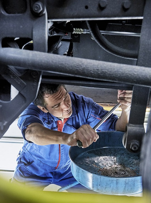 5-reasons-daf-dealer-grease-pit-oil-replacement-CTA