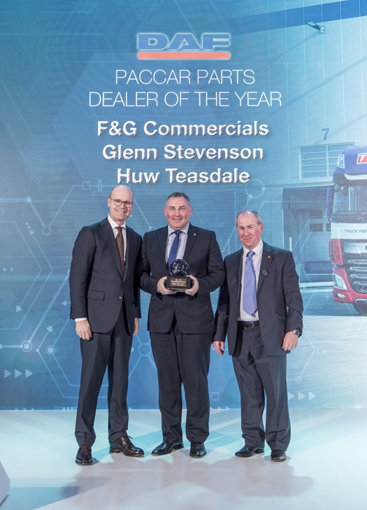 PACCAR-Parts-Dealer-of-the-Year-2019